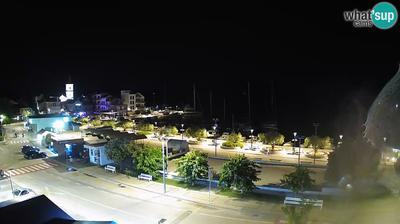 Pirovac: center, waterfront