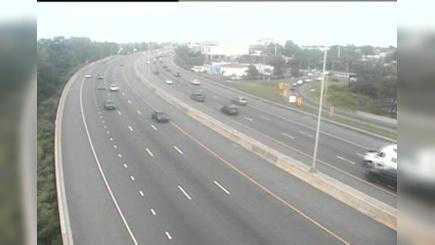 Traffic Cam Fairfield › South: CAM - I- SB N/O Exits - Brentwood Ave