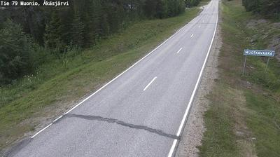 Daylight webcam view from Muonio: Tie 79 − Äkäsjärvi − Muonioon