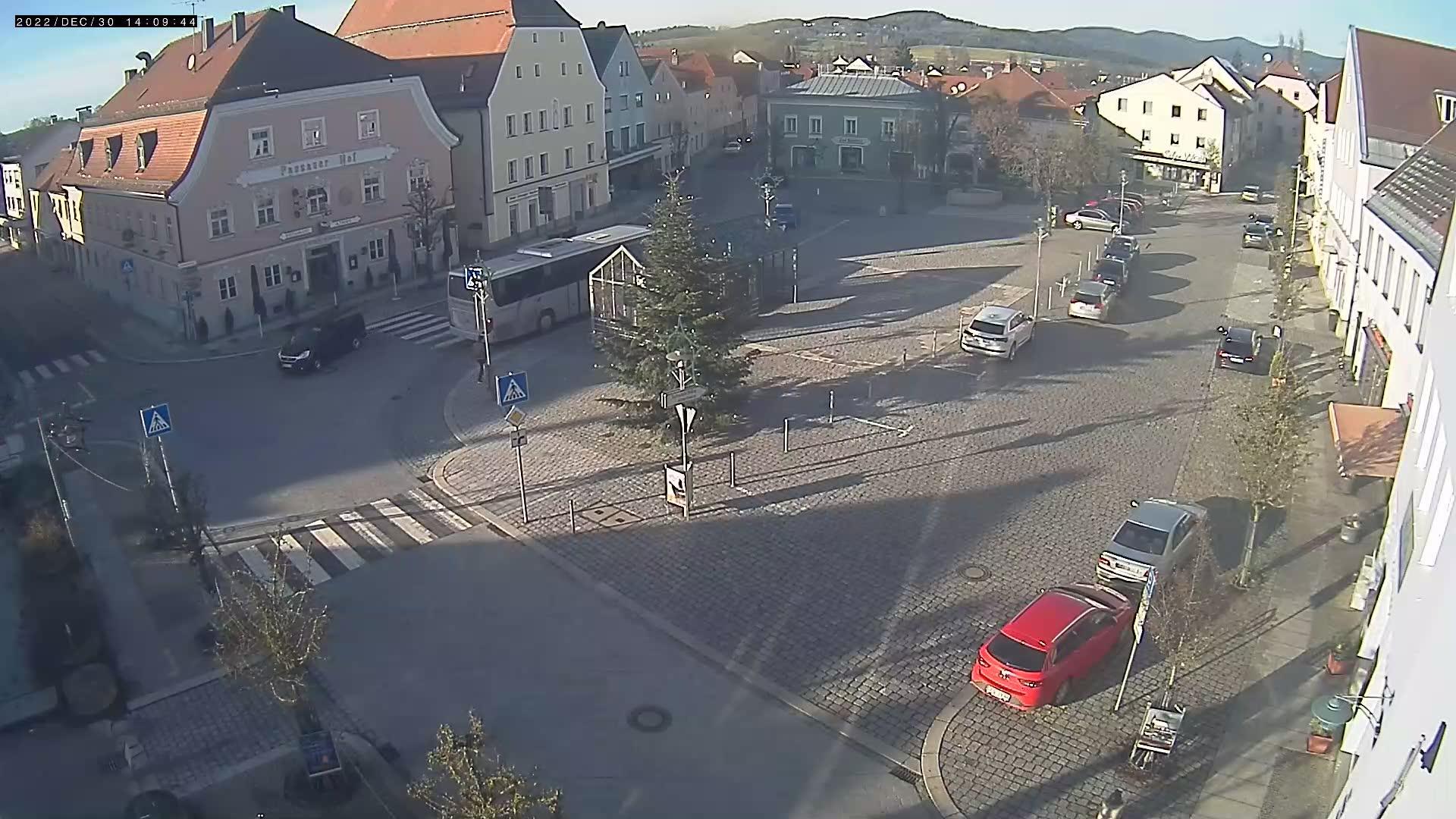 Webcam Hengersberg › North-West: Marktplatz