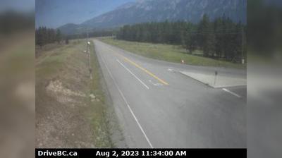 Vue webcam de jour à partir de Sparwood › North: Hwy 43, between − & Elkford at Line Creek Mine Rd, looking north