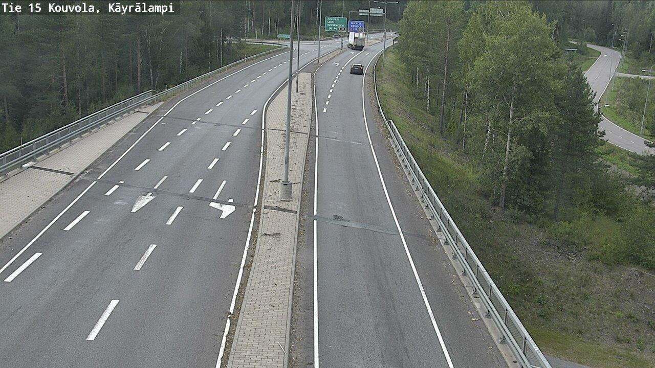 Webkamera Kouvola: Tie15 − Kayralampi − Heinolaan