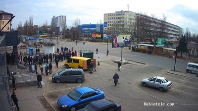 Vista de cámara web de luz diurna desde Нова Каховка: АТБ маркет