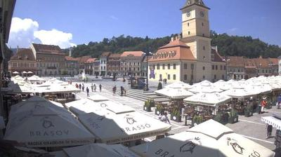 Daylight webcam view from Braşov: Piața Sfatului