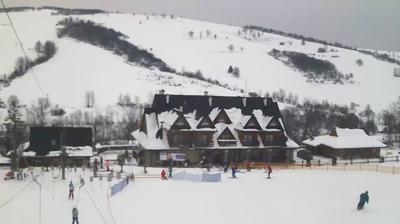 Webcam Chyrowa › South: Rzeczpospolita − Stacja narciarsk