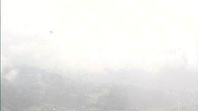 Daylight webcam view from Bad Goisern am Hallstättersee: Bad Goisern − Hallstättersee
