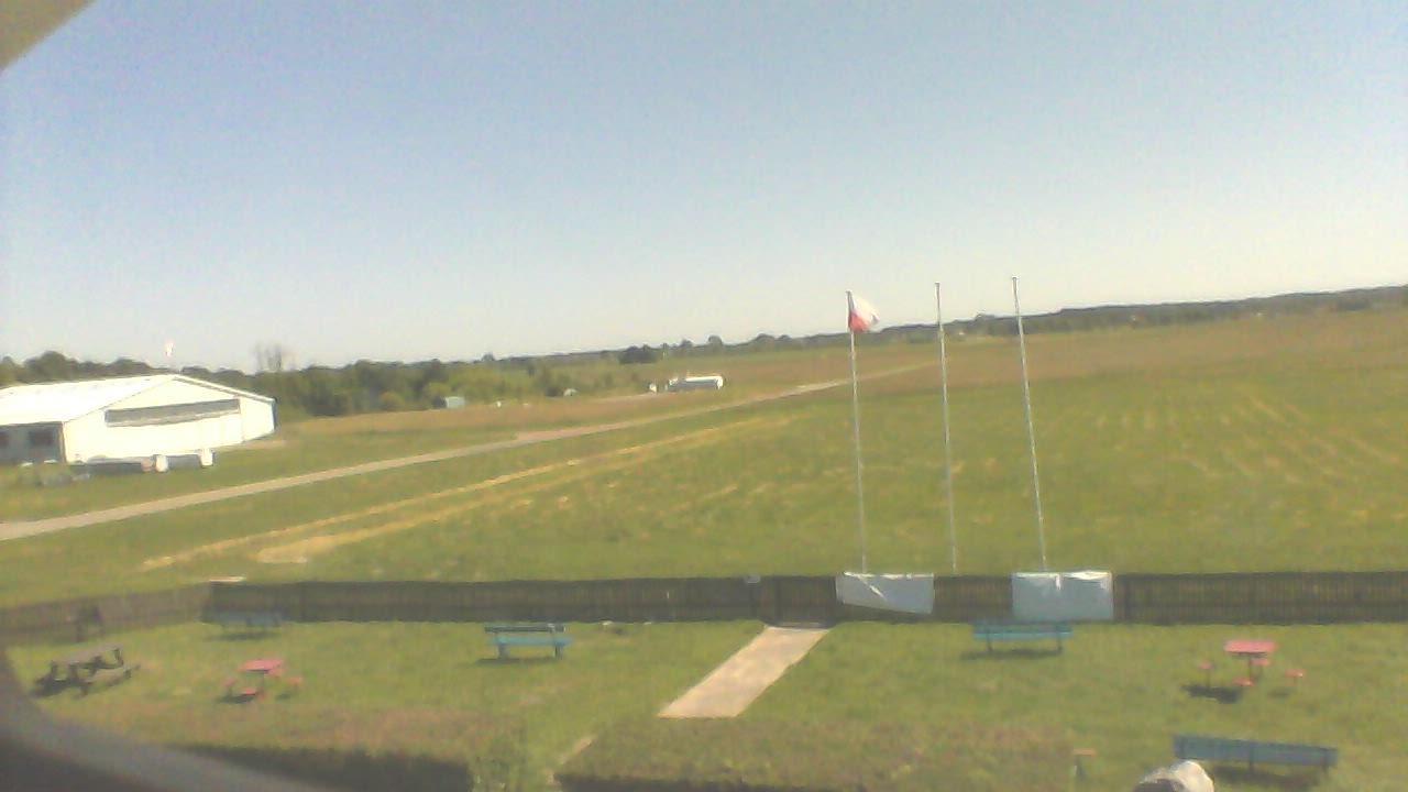 Webkamera Radom/Piastow: Lotnisko Radom-Piastów