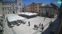 Zadar: People's Square, City Lodge - Overdag
