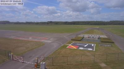 Daylight webcam view from Grimbergen › South West: Grimbergen Airfield