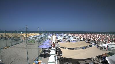 Thumbnail of Air quality webcam at 12:07, Apr 15