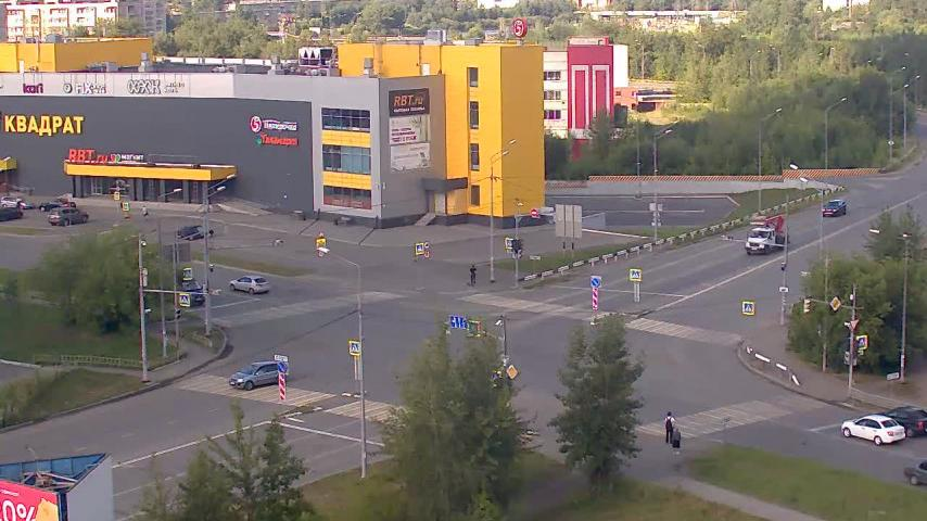 Webcam Нижний Тагил: Krasnoarmeyskaya ul., 10